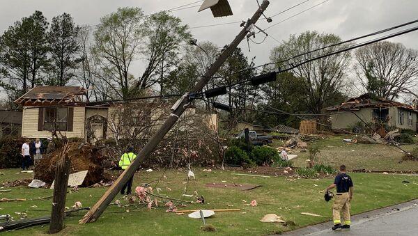 Damage to a home from a tornado in Pelham, Alabama - Sputnik International