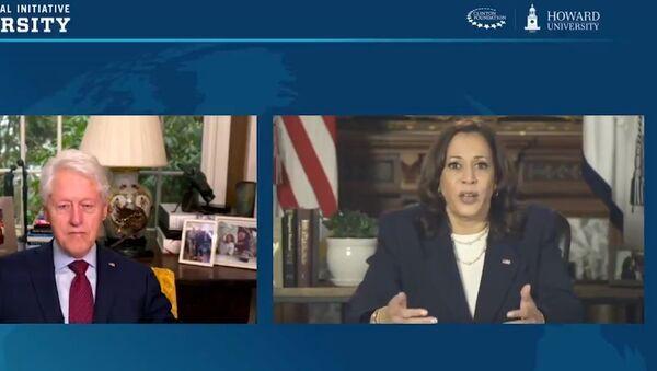 Kamala Harris discusses the American Rescue Plan with Joe Biden - Sputnik International