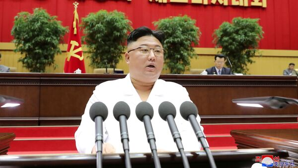 North Korean leader Kim Jong Un addresses a conference of cell secretaries of the ruling Workers' Party in Pyongyang, in this undated photo released on April 7, 2021 by North Korea's Korean Central News Agency (KCNA). - Sputnik International