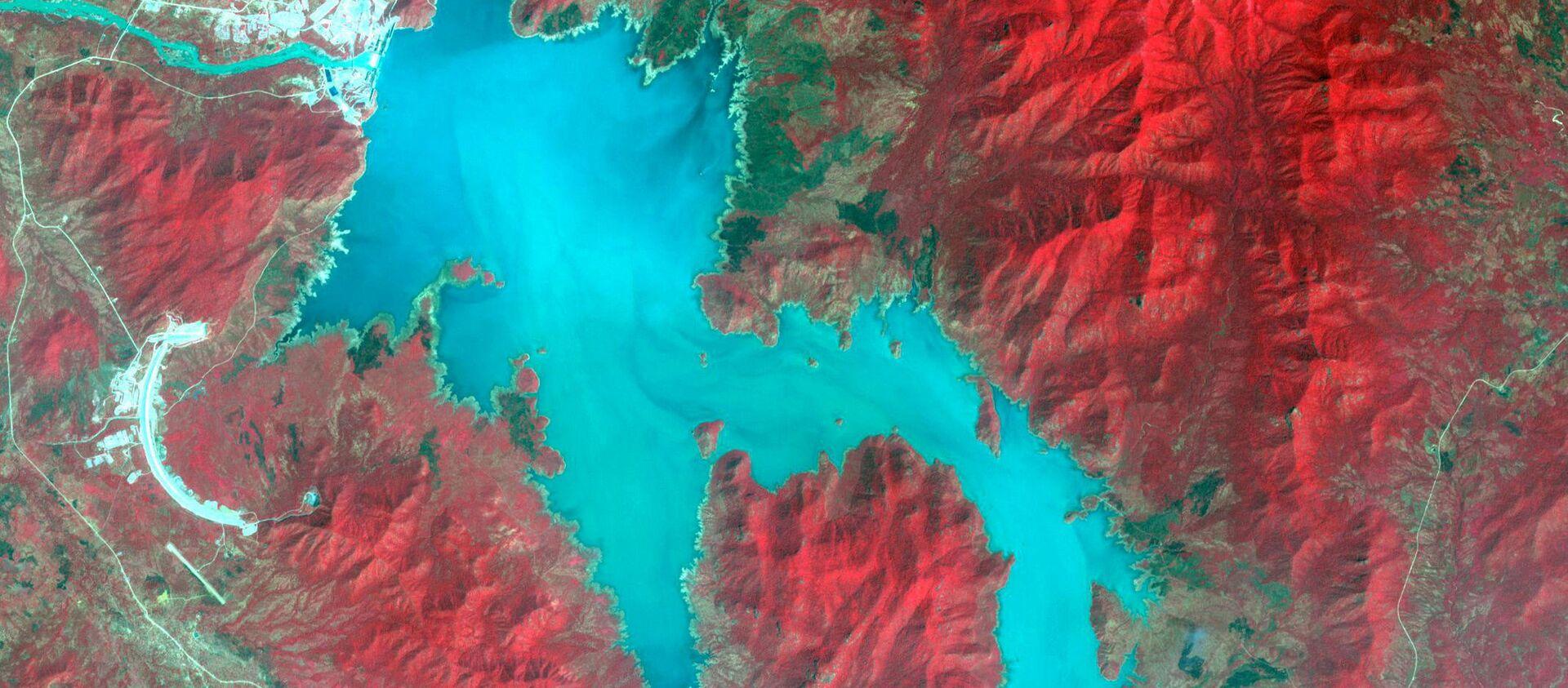 The Blue Nile River is seen as the Grand Ethiopian Renaissance Dam reservoir fills near the Ethiopia-Sudan border, in this broad spectral image taken November 6, 2020 - Sputnik International, 1920, 08.04.2021