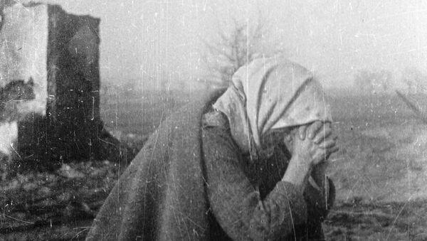 A woman crying - Sputnik International