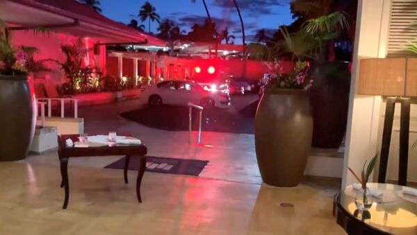 Emergency response vehicle is seen at Kahala Resort & Hotel in Honolulu, Hawaii, U.S., April 10, 2021 in this still image obtained from social media video. The hotel was placed on lockdown after an armed man fired shots through the door of a guest room and barricaded himself inside, but there were no reports of any injuries, Hawaii News Now reported. - Sputnik International