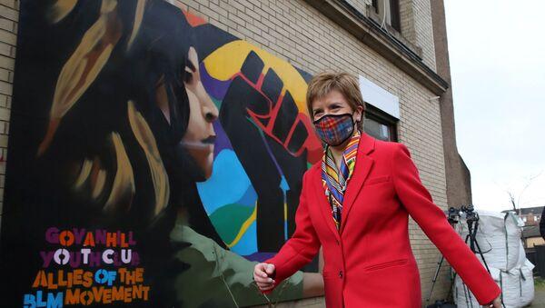 Scottish FM Sturgeon campaigns in Glasgow - Sputnik International