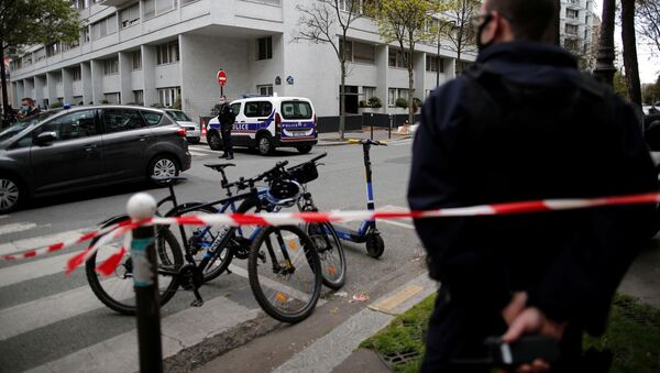French police secure the area after one person was shot dead and one injured in front of the Henry Dunant hospital in Paris, France, April 12, 2021. - Sputnik International