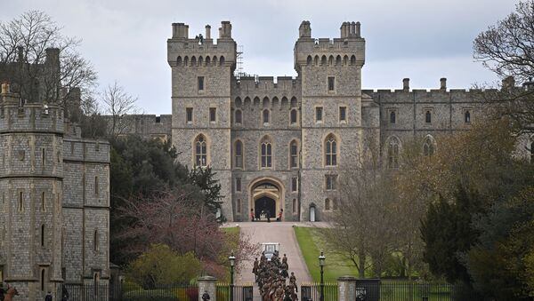 Members of the Kings Troop Royal Horse Artillery ride their horses away from Windsor Castle in Windsor, west of London, on April 15, 2021, following the April 9 death of Britain's Prince Philip, Duke of Edinburgh, at the age of 99. - Sputnik International