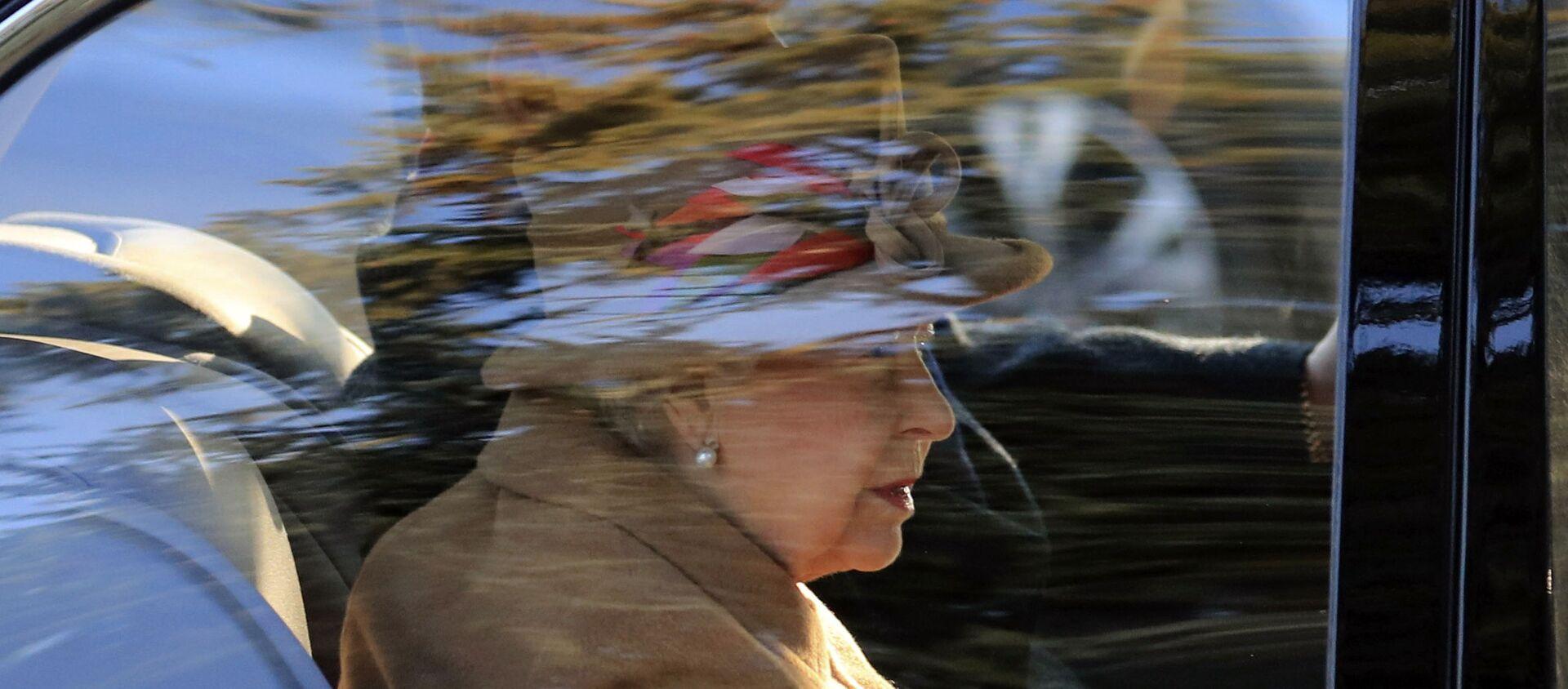 Britain's Queen Elizabeth attends a service at St Peter's church in Wolferton, near the Sandringham Estate in England, Sunday, Jan. 20, 2019. - Sputnik International, 1920, 16.04.2021