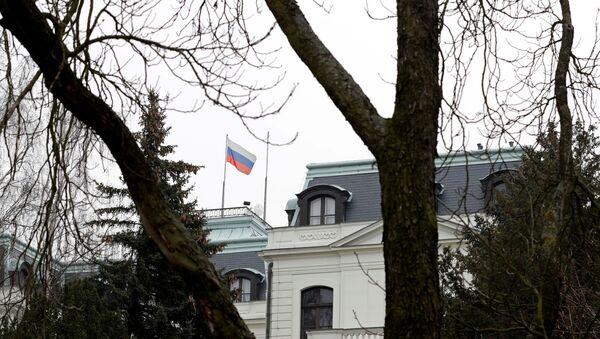 A national flag of Russia flies on the Russian embassy in Prague, Czech Republic, March 26, 2018. - Sputnik International
