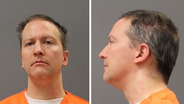 Former Minneapolis Police Officer Derek Chauvin is shown in a diptych of police booking photos after a jury found him guilty on all counts in his trial for second-degree murder, third-degree murder and second-degree manslaughter in the death of George Floyd in Minneapolis, Minnesota, US on 20 April 2021.  - Sputnik International