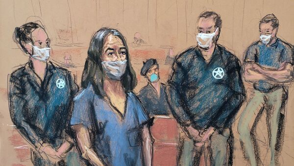 British socialite Ghislaine Maxwell appears during her arraignment hearing on a new indictment at Manhattan Federal Court in New York City, New York, 23 April 2021, in this courtroom sketch. - Sputnik International