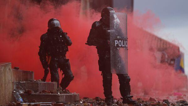 Violent Anti-Government Protests in Colombia - Sputnik International