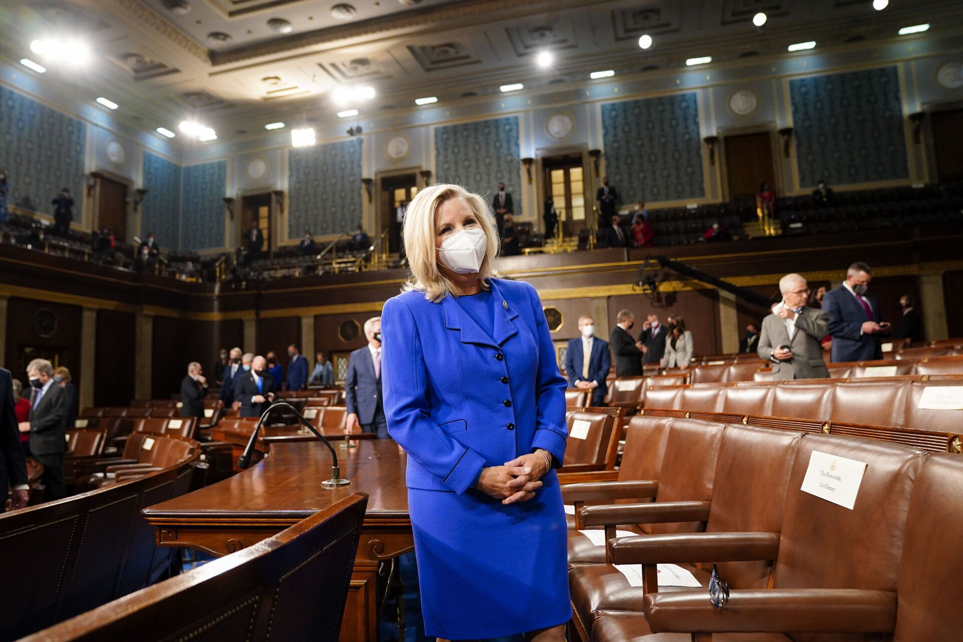 Rep. Liz Cheney, R-Wyo., arrives to the chamber ahead of President Joe Biden speaking to a joint session of Congress, Wednesday, April 28, 2021, in the House Chamber at the U.S. Capitol in Washington. - Sputnik International, 1920, 07.09.2021