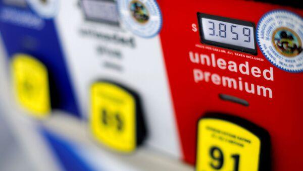 A gas pump at an Arco gas station in San Diego, California, U.S. July 11, 2018 - Sputnik International