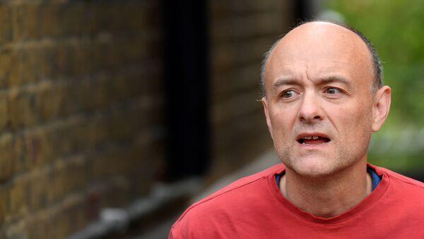 Former special advisor to British Prime Minister Johnson, Cummings outside of his house in London - Sputnik International