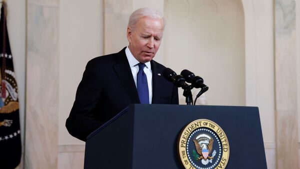 US President Joe Biden delivers remarks before a ceasefire agreed upon by Israel and Hamas was to go into effect, during a brief appearance in the Cross Hall at the White House in Washington, US, 20 May 2021. - Sputnik International