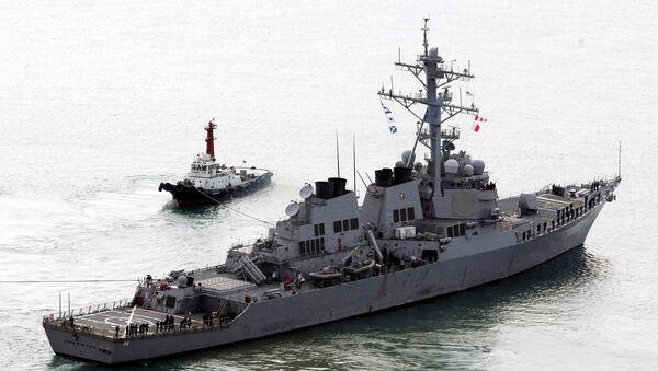 The U.S. Navy's Aegis destroyer USS John S. McCain (DDG-56) leaves a naval port in Busan, South Korea, Monday, March 30, 2009. - Sputnik International