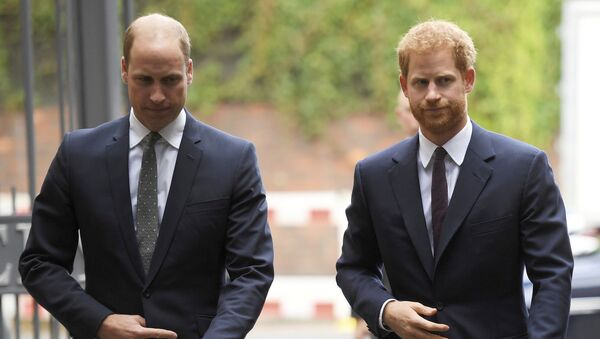 In this Tuesday, 5 September 2017 file photo, Britain's Prince William, the Duke of Cambridge, left, and Prince Harry arrive to visit the Support4Grenfell Community Hub in London - Sputnik International