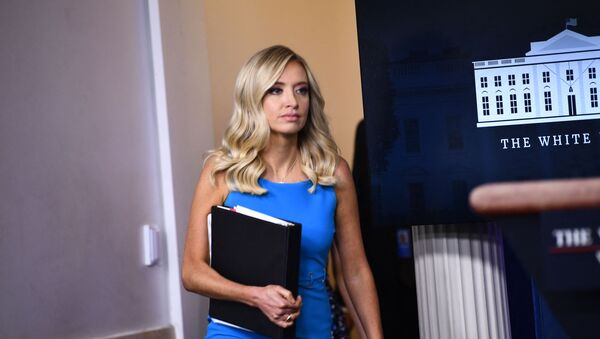 White House Press Secretary Kayleigh McEnany arrives to speak to the press on June 3, 2020, in the Brady Briefing Room of the White House in Washington, DC.  - Sputnik International