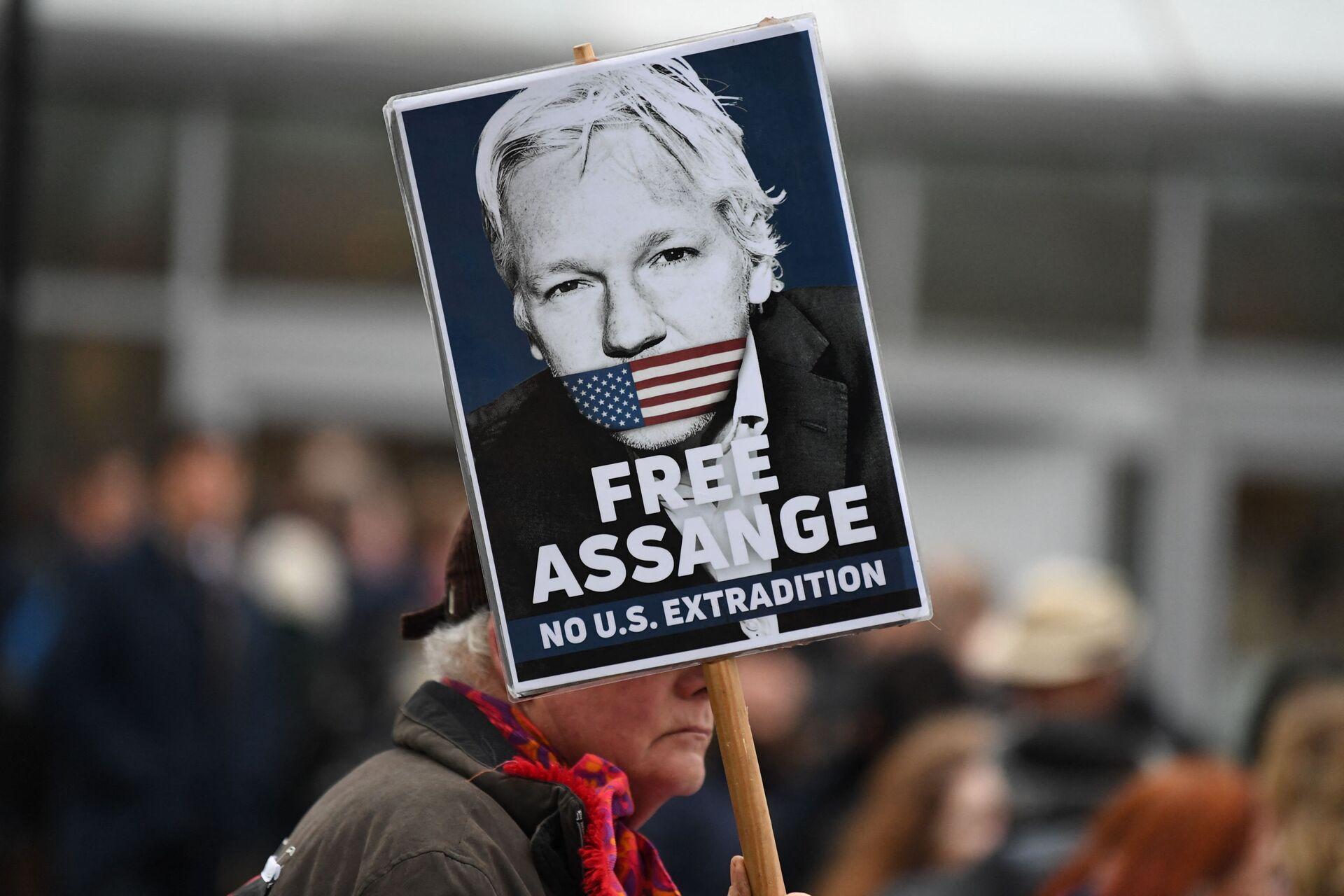 Ex-UN Official: 'If Assange Were Found Dead, I'd Suspect Extrajudicial Execution CIA is Known For' - Sputnik International, 1920, 29.06.2021