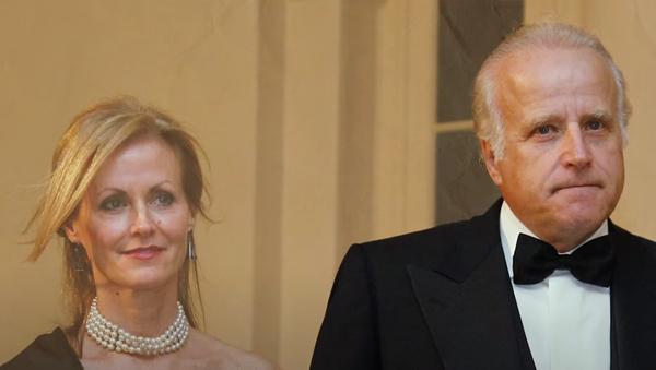 James Biden, brother of US President Joe Biden, and his wife, Sara Biden.  - Sputnik International