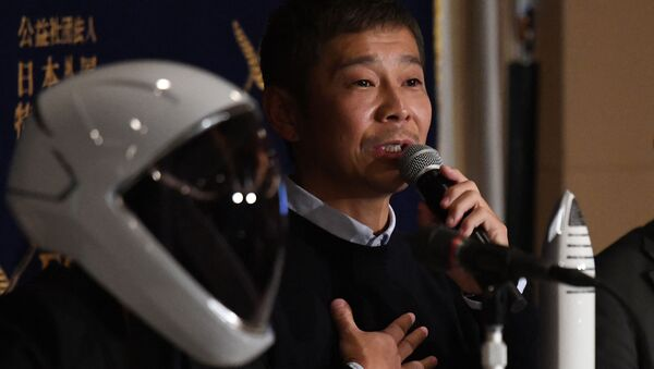 Yusaku Maezawa, entrepreneur and CEO of ZOZOTOWN and SpaceX BFR's first private passenger, speaks during a press conference at the Foreign Correspondents' Club of Japan in Tokyo on October 9, 2018 - Sputnik International