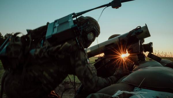 Polish troops firing Javelin anti-tank system in drills in Torun, Poland. - Sputnik International