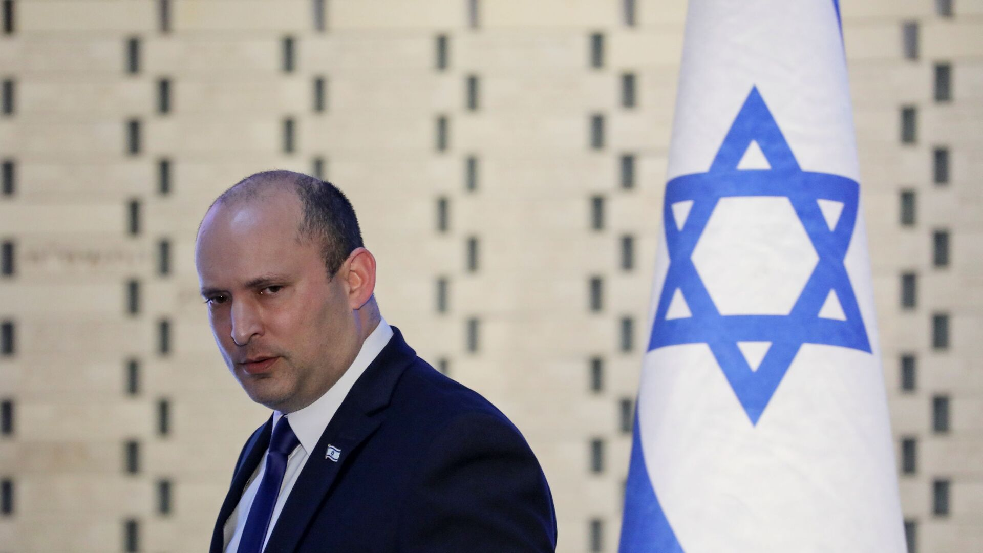 Israeli Prime Minister Naftali Bennett attends a memorial ceremony for soldiers who fell in the 2014 war with Gaza, at the Hall of Remembrance of Mount Herzl military cemetery in Jerusalem June 20, 2021 - Sputnik International, 1920, 15.09.2021