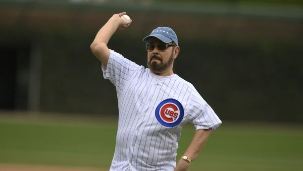 Actor James Michael Tyler throws out the ceremonial first pitch before a baseball game between the Chicago Cubs and St. Louis Cardinals Saturday, Sept. 21, 2019, in Chicago - Sputnik International