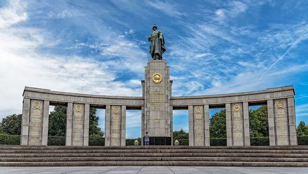 Soviet War Memorial (Tiergarten) - Sputnik International