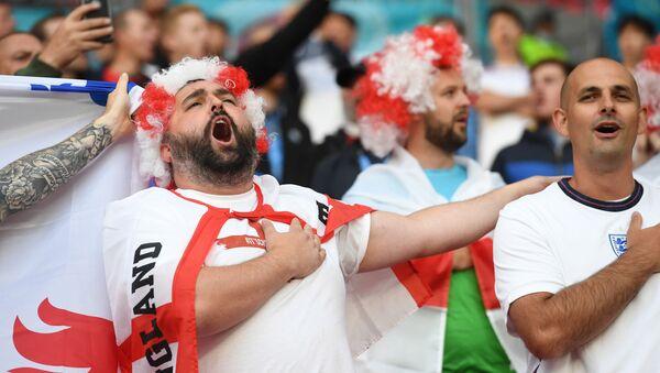 Soccer Football - Euro 2020 - Group D - Czech Republic v England - Wembley Stadium, London, Britain - June 22, 2021 England fans in the stands before the match  - Sputnik International