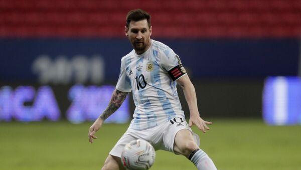 Soccer Football - Copa America 2021 - Group A - Argentina v Paraguay - Estadio Mane Garrincha, Brasilia, Brazil - 21 June 2021 Argentina's Lionel Messi in action - Sputnik International