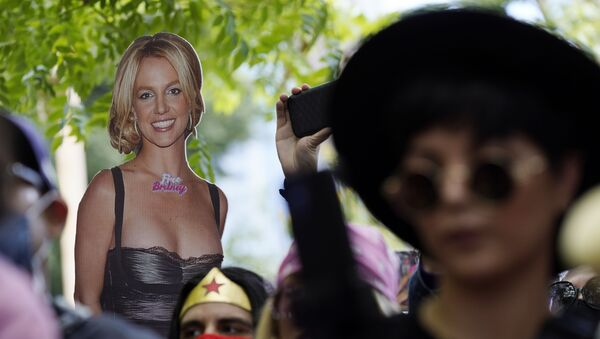 A cut-out of Britney Spears is seen in the crowd outside a court hearing concerning the pop singer's conservatorship at the Stanley Mosk Courthouse, Wednesday, June 23, 2021, in Los Angeles.  - Sputnik International