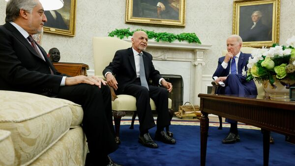 US President Joe Biden meets with Afghan President Ashraf Ghani and Chairman of Afghanistan's High Council for National Reconciliation Abdullah Abdullah at the White House, in Washington, DC, 25 June 2021. - Sputnik International