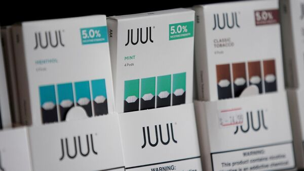 Juul brand vape cartridges are pictured for sale at a shop in Atlanta, Georgia, U.S., September 26, 2019 - Sputnik International