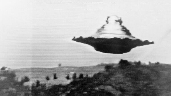 Happy World UFO Day! Mysterious Objects Captured on Camera –Photos - Sputnik International
