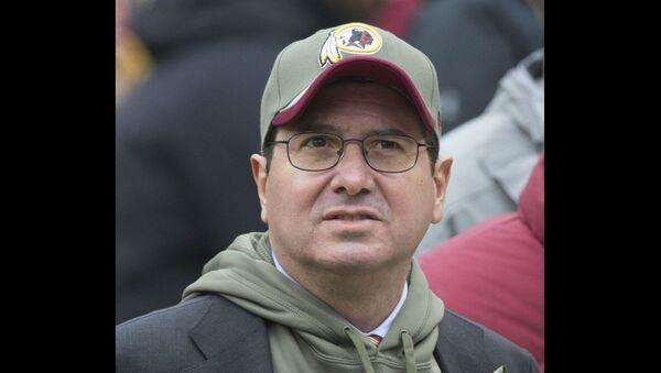 Redskins (now-Washington Football Team) owner Daniel Snyder, Buccaneers at Redskins (11/16/14) - Sputnik International