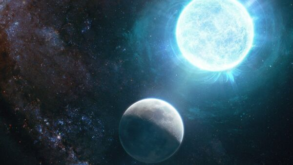 An artist's depiction captures a newfound small white dwarf, right, in comparison to the  Earth's moon.  - Sputnik International