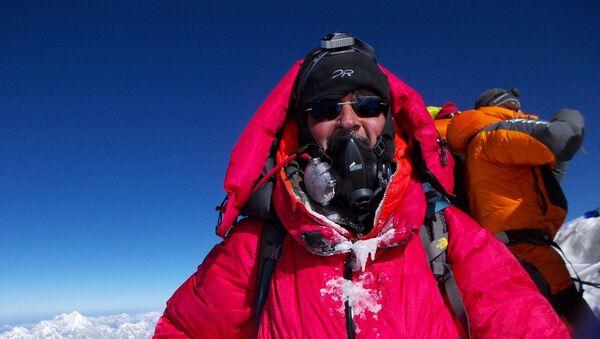 Mountaineer Aditya Gupta scaling World's highest peak - MT Everest in 2019 - Sputnik International