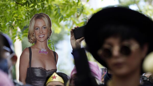 A cut-out of Britney Spears is seen in the crowd outside a court hearing concerning the pop singer's conservatorship at the Stanley Mosk Courthouse, Wednesday, June 23, 2021, in Los Angeles - Sputnik International