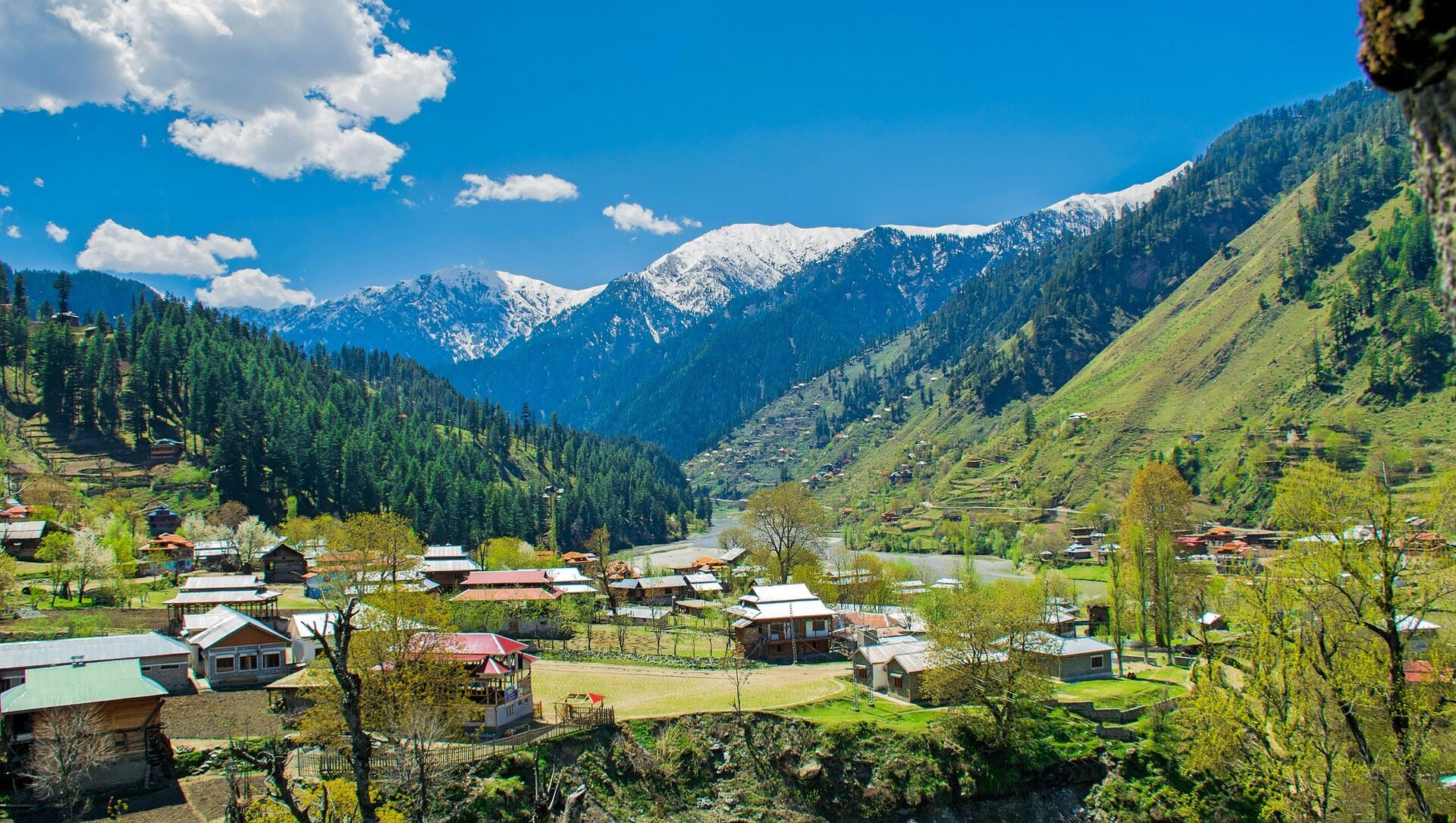 View From Sharda Fort, Azad Kashmir, Pakistan. - Sputnik International, 1920, 26.07.2021