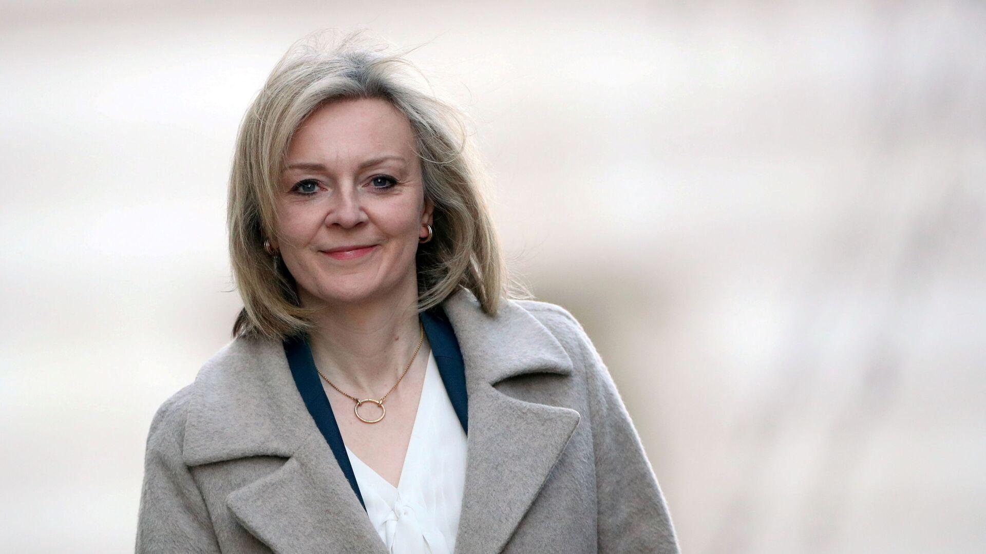 Britain's International Trade Secretary Liz Truss arrives at Downing Street in London, Britain February 11, 2020 - Sputnik International, 1920, 16.09.2021