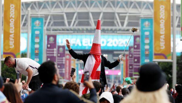Soccer Football - Euro 2020 - Final - Fans gather for Italy v England - Wembley Stadium, London, Britain - July 11, 2021 Picture taken July 11, 2021 England fans outside Wembley Stadium before the match - Sputnik International