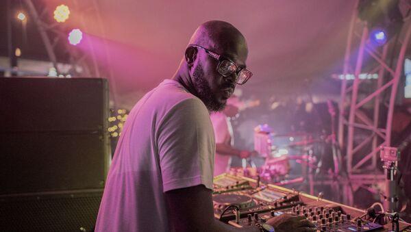 DJ Black Coffee (Nkosinathi Innocent Maphumulo) performs his show at Altitude Beach club in Fourways, Johannesburg, on March 21, 2021 - Sputnik International