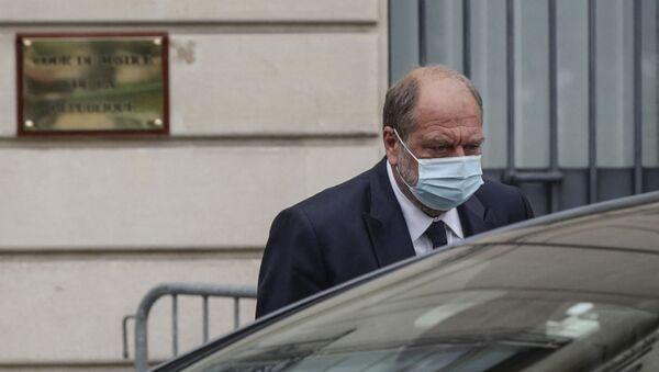 France's Justice Minister Eric Dupond-Moretti leaves the Court of Justice after questioning, in Paris, on July 16, 2021. - French Justice Minister Eric Dupond-Moretti was charged on July 16, 2021, in a conflict of interest inquiry after questioning by investigating magistrates, his lawyers said. Dupond-Moretti, 60, has been accused of taking advantage of his position as minister to settle scores with opponents from his legal career. He is France's first sitting justice minister to be charged in a legal probe. - Sputnik International