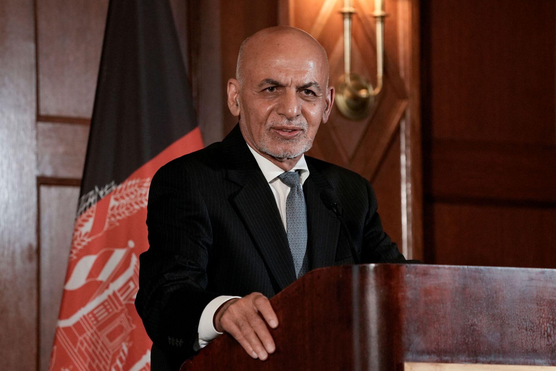Afghanistan's President Ashraf Ghani speaks during a news conference following his meeting with U.S. President Joe Biden, at the Willard Hotel in Washington, D.C., U.S., June 25, 2021 - Sputnik International, 1920, 07.09.2021