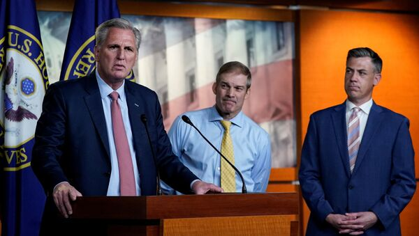 U.S. House Minority Leader Kevin McCarthy (R-CA) announces the withdrawal of his nominees to serve on the special committee probing the Jan. 6 attack on the Capitol, as two of the Republican nominees, Reps' Jim Jordan (R-OH) and Jim Banks (R-IN), standby during a news conference on Capitol Hill in Washington, U.S., July 21, 2021 - Sputnik International