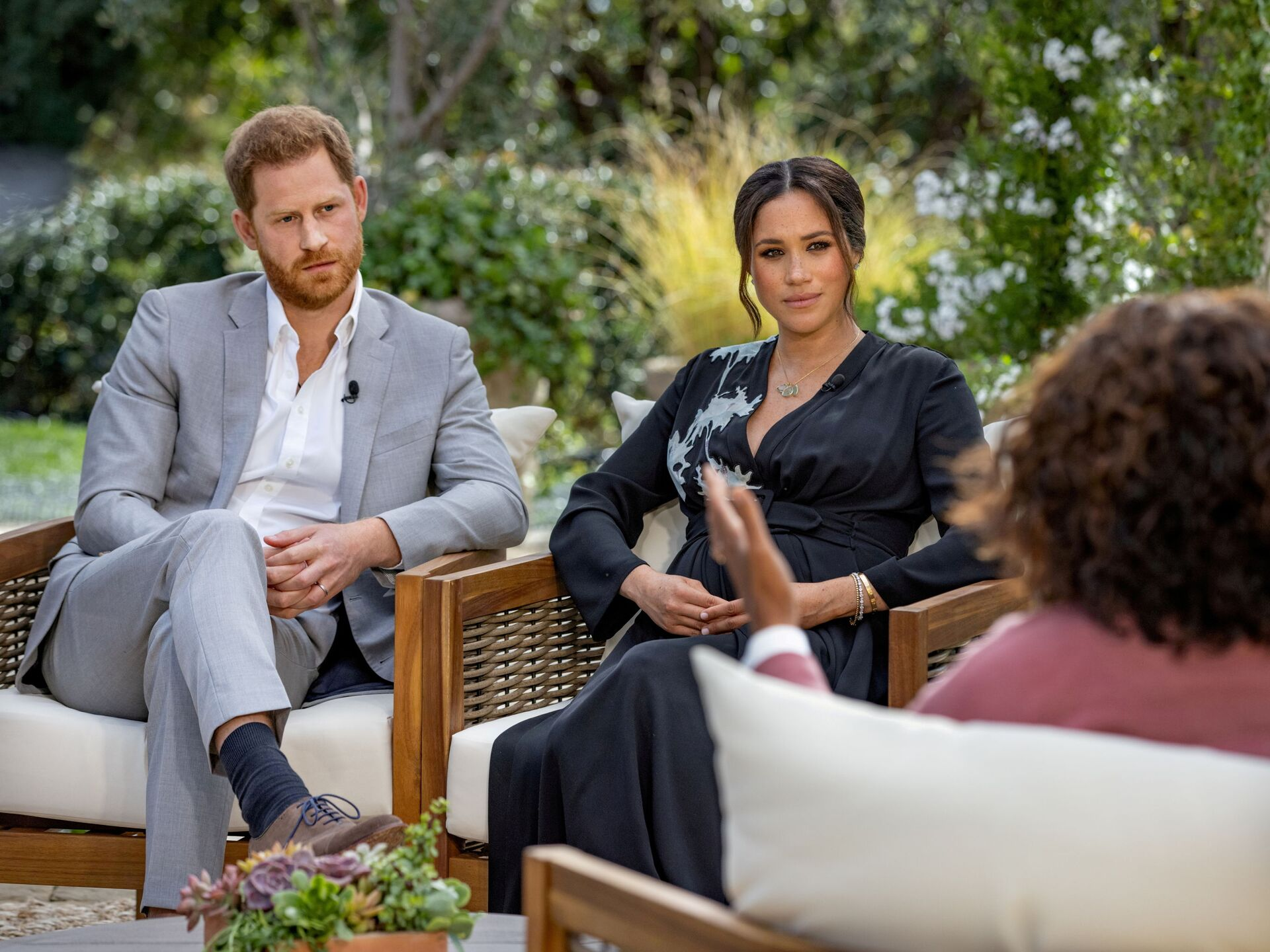 Britain's Prince Harry and Meghan, Duchess of Sussex, are interviewed by Oprah Winfrey in this undated handout photo. - Sputnik International, 1920, 17.09.2021