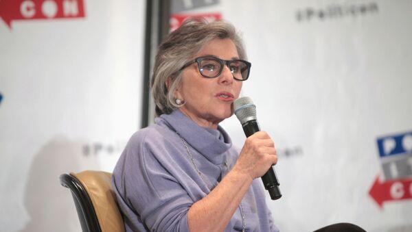 U.S. Senator Barbara Boxer speaking at the 2016 Politicon at the Pasadena Convention Center in Pasadena, California. - Sputnik International