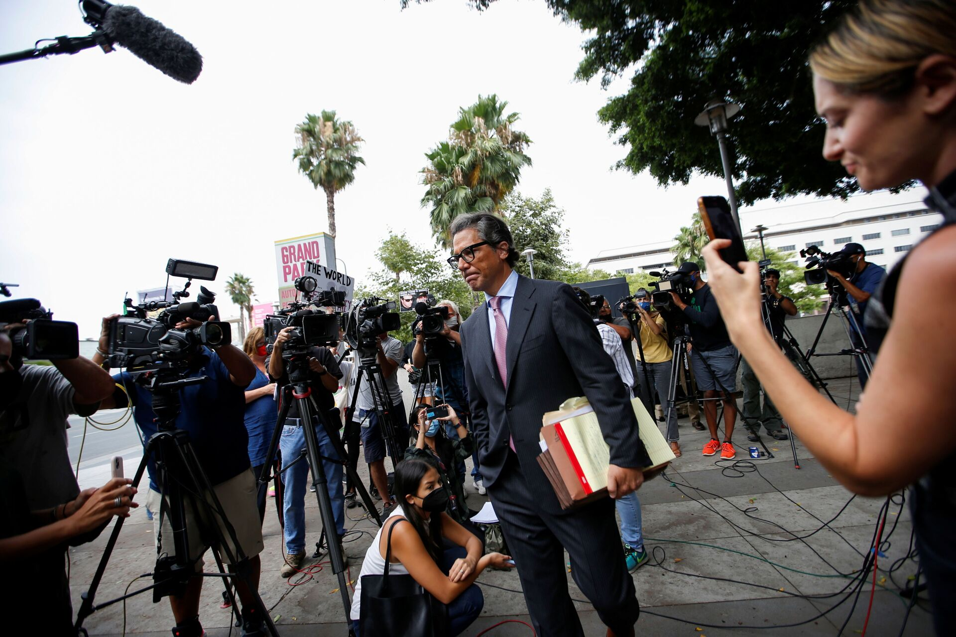 Mathew Rosengart, attorney for pop star Britney Spears, is pictured on the day of a conservatorship case hearing at Stanley Mosk Courthouse in Los Angeles, California, U.S., July 26, 2021 - Sputnik International, 1920, 07.09.2021