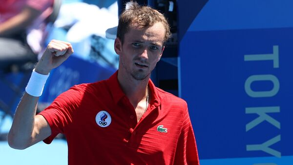 Tokyo 2020 Olympics - Tennis - Men's Singles - Round 3 - Ariake Tennis Park - Tokyo, Japan - July 28, 2021. Daniil Medvedev of the Russian Olympic Committee celebrates after winning his third round match against Fabio Fognini of Italy  - Sputnik International