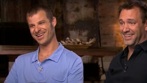 """Screenshot captures Matt Stone and Trey Parker, the creators of adult American animated series """"South Park,"""" during an interview on CBS' 60 Minutes show. - Sputnik International"""